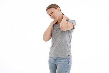 Sering Alami Leher Kaku atau Sulit Gerakkan Leher dan Menoleh, Apakah  Berbahaya? - Semua Halaman - Bobo