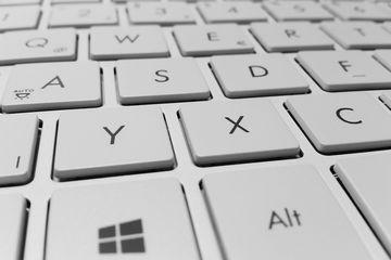 Kenapa Huruf Pada Keyboard Tidak Sesuai Urutan Abjad Semua Halaman Bobo