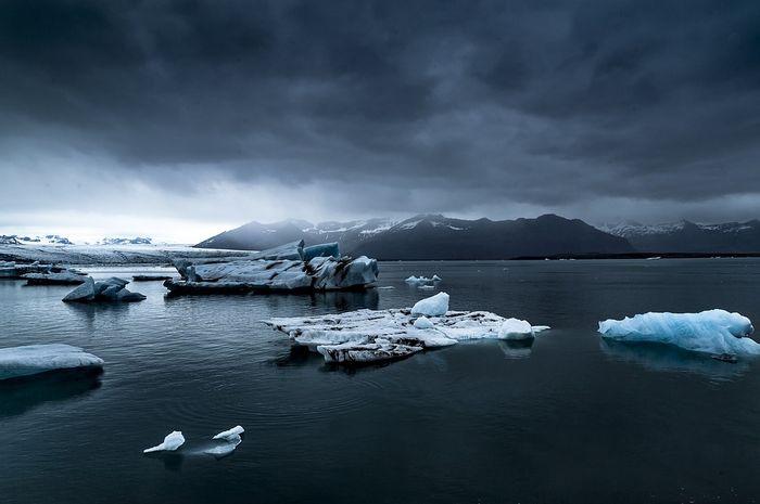 Es Di Kutub Mulai Mencair Apakah Manusia Penyebabnya Semua Halaman Bobo