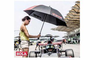 Inilah Figur Dibalik Kesuksesan Keanon Santoso pada ajang Formula Renault Asia