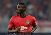 Detik-detik Trik Berputar Bek Manchester United Bikin Pemain Lawan Bingung