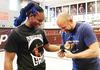 Demi Kuasai MMA, Ratu Tinju Ini Rela Digembleng Dua Mantan Juara UFC