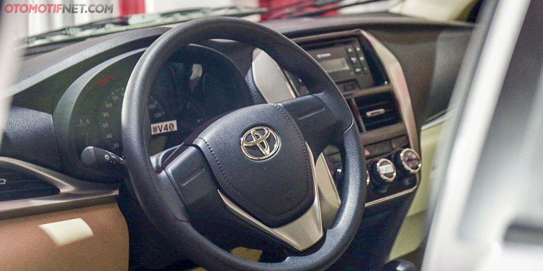 Yaris Sedan, Seremoni Ekspor Sejuta Unit Toyota Indonesia - Photo: RR Inne Aveline