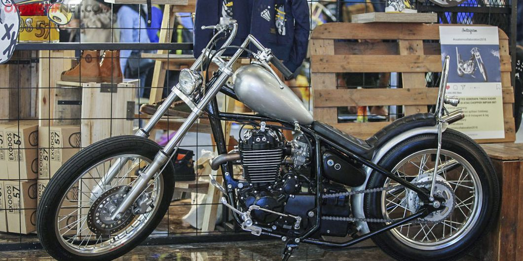Display motor custom di  Custom Collaboration 2018. Photo : Indra Kurniawan