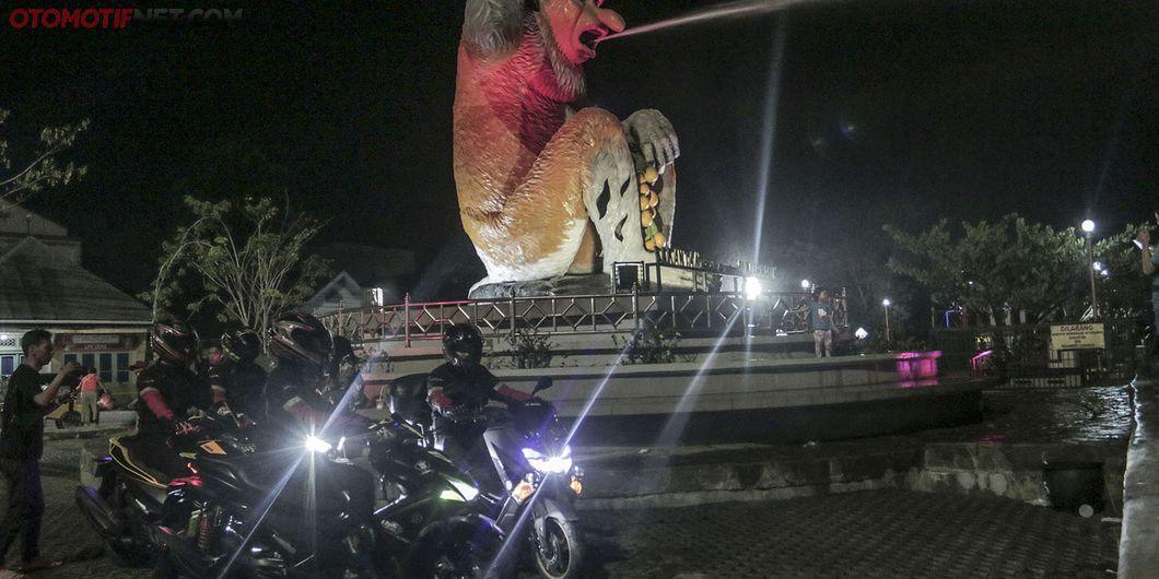 MAXI YAMAHA Tour de Indonesia etape timur 1 Balikpapan – Banjarmasin. Photo : M Ermiel Zulfikar