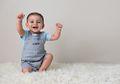 Hati-hati Bila di Usia ini Bayi Belum Bisa Duduk, Segera Lakukan ini