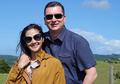 Keromantisan Sang Suami Ini Bikin Hati Maudy Koesnaedi Meleleh