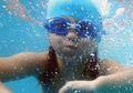 Berenang Olahraga Dianjurkan dan Aman, Tapi Memiliki Risiko THT
