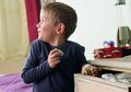 Waduh, Si Kecil Ketahuan Mencuri? Begini Cara Mengatasinya Moms!