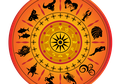 Orang Pintar pun Tetap Percaya Ramalan Zodiak: Ini 4 Alasan Wanita Berpendidikan Percaya Astrologi, Horoskop, dan Zodiak