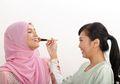 Begini Tips Mudah Agar Makeup Tahan Lama Meski Puasa Seharian