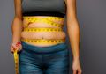 Tanpa Diet atau Olahraga, Kita Bisa Kecilkan Perut Bucit dengan 3 Cara Ini
