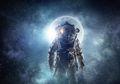 Bagaimana Para Astronaut Menjalankan Salat dan Puasa di Luar Angkasa?