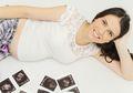 Catat Tanda-tanda Gerakan Menendang Bayi yang Normal di Kandungan