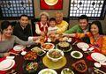 Deretan Aturan Makan di China Ini Unik Banget, Cari Tahu, Yuk!