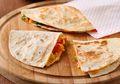 Corn & Salami Spicy Quesadilla, Roti Tortilla Isi Lezat Untuk Sarapan