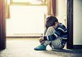 Hati Hati, Ini 7 Tanda-Tanda Buah Hati Kita Mengalami Depresi