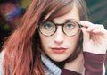 Ini 9 Tips Memilih Ukuran Kacamata Agar Pas dan Nyaman Dipakai!