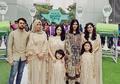 Foto Keluarga Raffi Ahmad di Hari Lebaran, Banyak Salah Fokusnya!