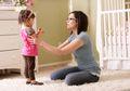 Tiga Hal Ini Akibatkan Anak Kelainan, Karena Terlambat Berjalan