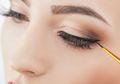 Begini Tips Mengaplikasikan Eyeliner bagi Pemula, Mudah loh!
