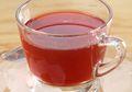 Segelas Rose Tea Hangat Ini, Bikin Makan Malam Kian Sempurna