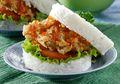 Si Kecil Pasti Senang Kalau Dibekali Burger Nasi Ayam Krispi Yang Renyah Ini