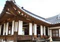 Mengenal Hanok, Rumah Tradisional Korea yang Ada di Drama Kolosal