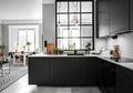 Memilih Nuansa Warna Hitam pada Ruang Dapur? Yuk Kita Aplikasikan