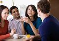 Awas, Jangan Ceritakan 5 Hal Ini Pada Orang Lain, Bisa Merugikan Kita!