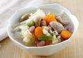 Sup Jamur Kacang Merah yang Nikmat Ini Makin Gak Bisa Dilewatkan untuk Sarapan Esok