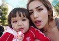 Wajah Boleh Bule, Tapi Makanan Anak Jessica Iskandar Standar Banget!