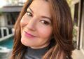 Tamara Bleszynski Unggah Foto Sarapan Di Pinggir Pantai, Warganet Malah Fokus Wajah Alaminya Tanpa Make Up