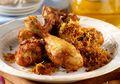Lengkapi Tumpeng Dengan Cita Rasa Klasik Ayam Goreng Kuning Tabur Serundeng Ini