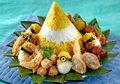 Nasi Tumpeng Dua Warna, Kreasi Unik Yang Pasti Menarik Perhatian Di Acara Tujuh Belasan