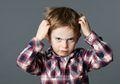 Punya Kebiasaan Menggaruk Kepala Saat Sedang Kesal? Inilah Manfaatnya