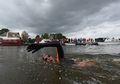 Atlet Muda Ini Berenang 163 Km Sampe Keriput Kakinya, Ternyata Demi Orang-orang Kanker