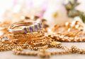 Tips Bersihkan Emas di Rumah, Cukup Pakai 3 Bahan Sederhana Ini Perhiasan Jadi Kinclong!