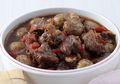 Gak Bakal Cukup Menyantap Semangkuk Semur Daging Kentang Mini Saking Lezatnya