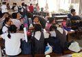 Anak Sering Buat Masalah di Sekolah? Begini Cara Moms Harus Bersikap