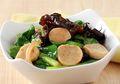 Cah Caisim Jamur Kuping, Sedapnya Bikin Makan Siang Jadi Sempurna