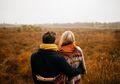Ingin Tetap Mesra Sampai Tua dengan Pasangan? Yuk Lakukan 7 Hal Ini!