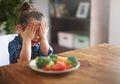 Jangan Larang Anak Main Dengan Makanan, Apalagi Bila Si Kecil Picky Eater, Ini Alasannya
