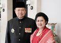 Ani Yudhoyono Tampil Beda Saat Belanja Perabot Dapur di Pasar, Pakaiannya Bikin Pangling!