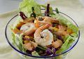 """Resep Salad Sayur dan Udang yang Sehat Ini """"Cucok Meyong"""" Buat Sarapan"""