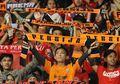 Romantisme dalam Laga Persija Jakarta Vs Bali United, The Jakmania Lamar Lady Dewata di Stadion