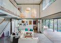 Kaca Bisa Bikin Panas Rumah, Selimuti Bangunan dengan Material Ini