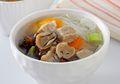 Hangatkan Makan Siang dengan Semangkuk Sup Daging Jamur yang Gurih dan Mudah Dibuat