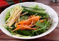Cuma Butuh 25 Menit, Salad Sayur Buah Bikin Makan Malam Jadi Istimewa