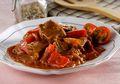 Nikmatnya Daging Masak Karamel Paprika Ini Masih Terasa Sampai Suapan Terakhir